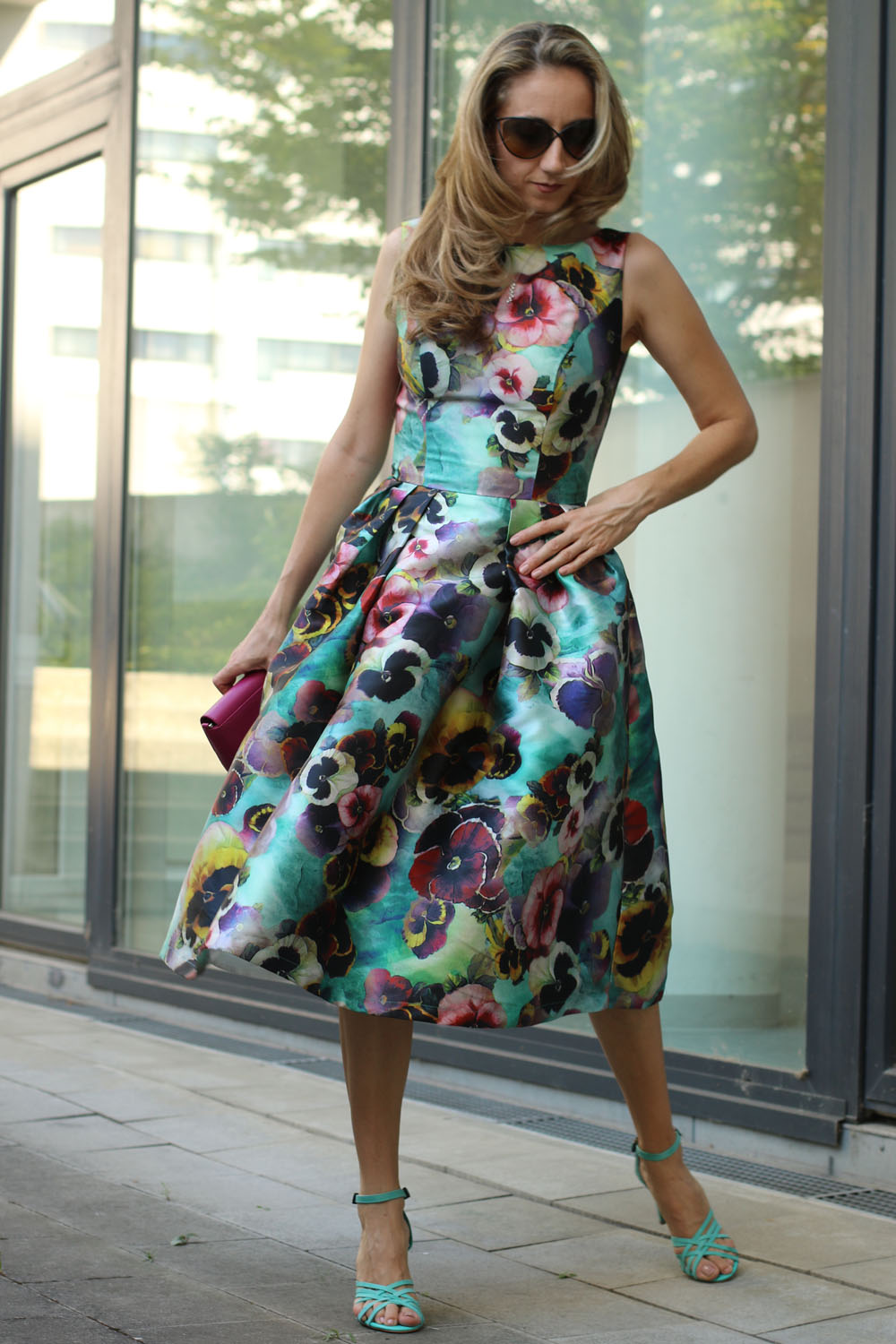 colourclub-outfit-flowerdress-diesel-shoes-furla-bag3