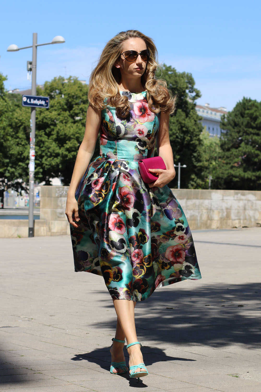 colourclub-outfit-flowerdress-diesel-shoes-furla-bag6