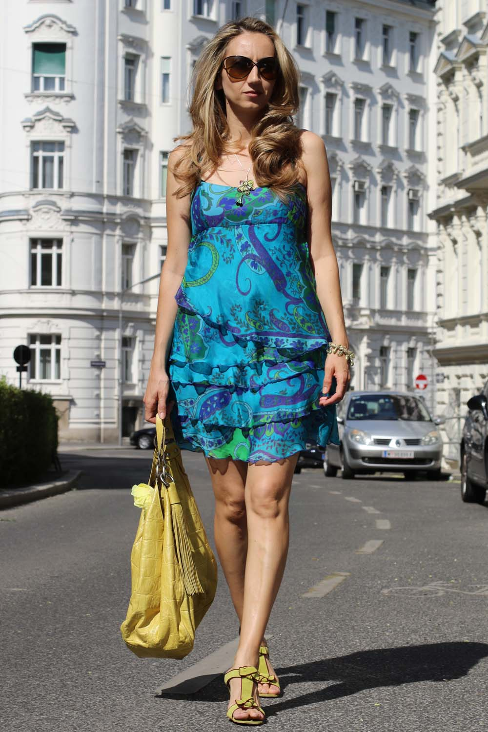 colourclub-outfit-volant-dress4
