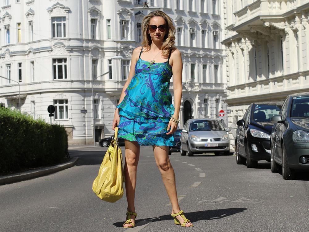 colourclub-outfit-volant-dress7