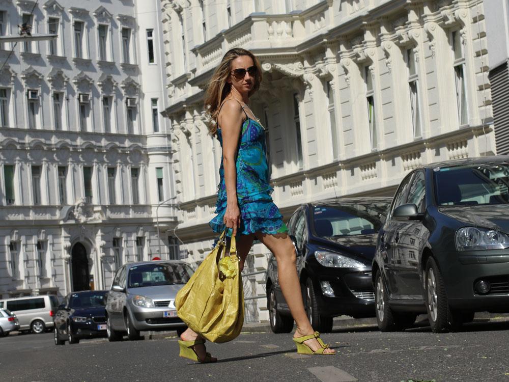 colourclub-outfit-volant-dress8