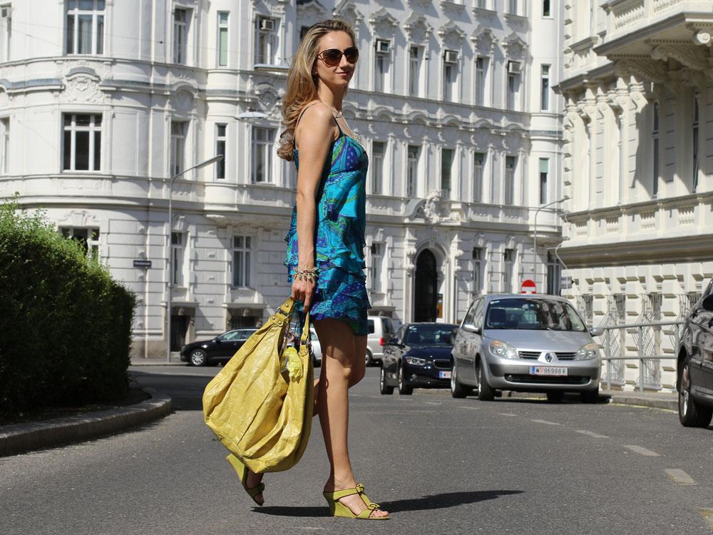 colourclub-outfit-volant-dress9