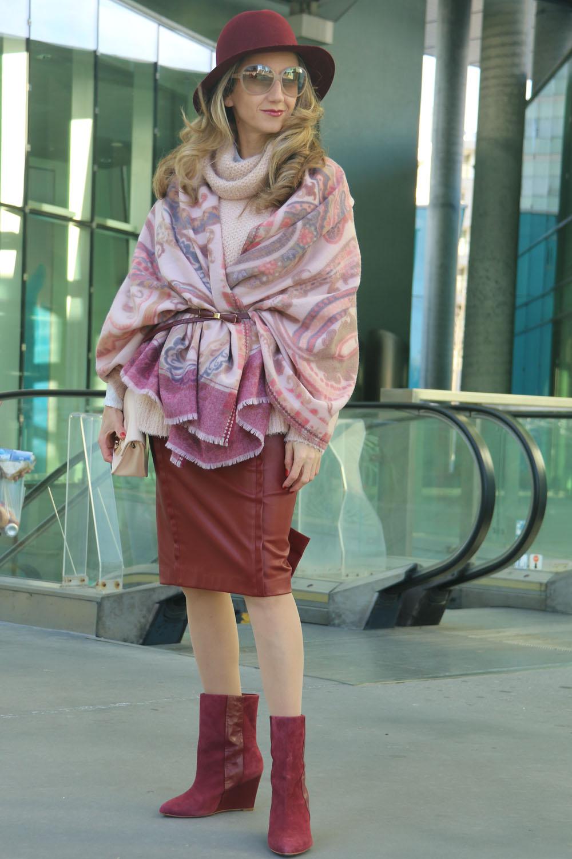 colourclub-outfit-fashionkarussell-rollkragenpullover-existentialismus-auf-dem-weg-zur-freiheit3