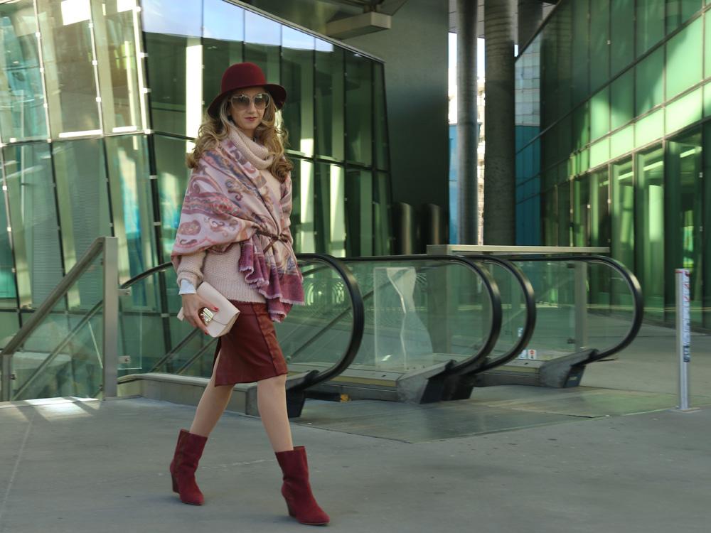 colourclub-outfit-fashionkarussell-rollkragenpullover-existentialismus-auf-dem-weg-zur-freiheit4