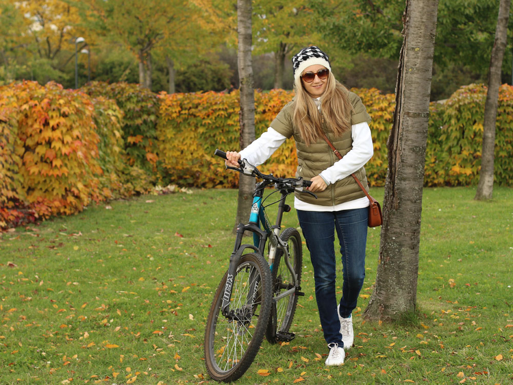 colourclub-outfit-me-and-my-bike-casual