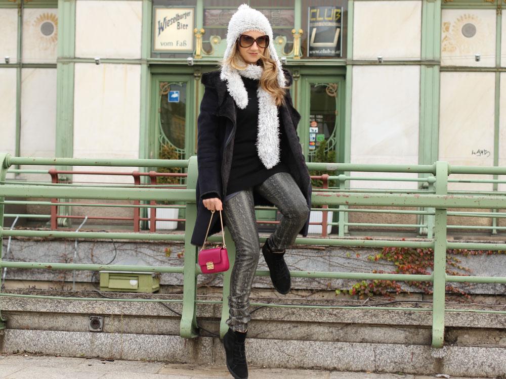 colourclub-black-coat-furla-metropolis-bag7