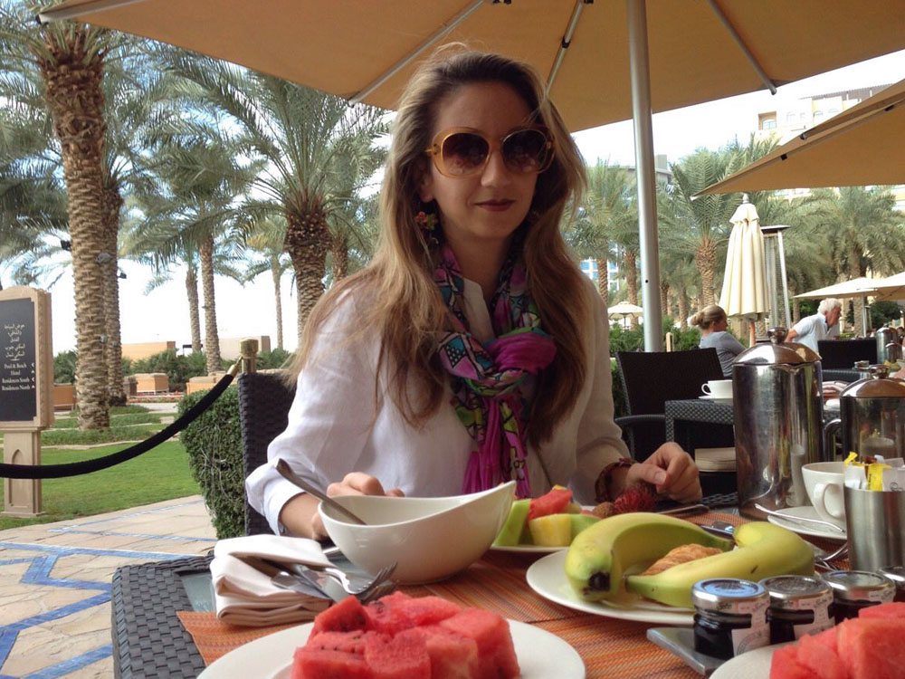 colourclub-dubai-happy-new-year-breakfast-fairmont-the-palm