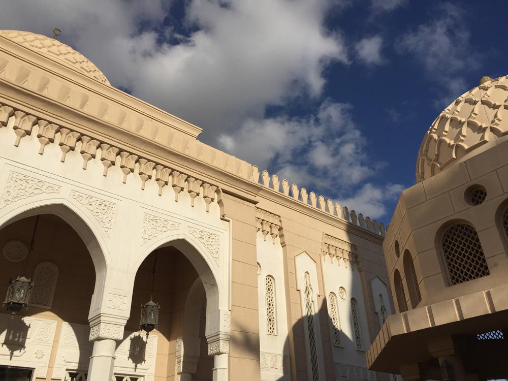colourclub-jumeirah-mosque-dubai