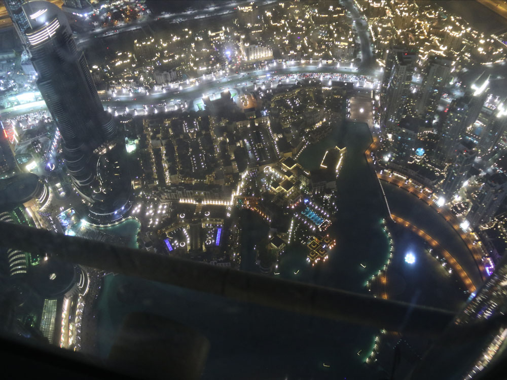 colourclub-dubai-burj-kalifa-at-the-top-sky