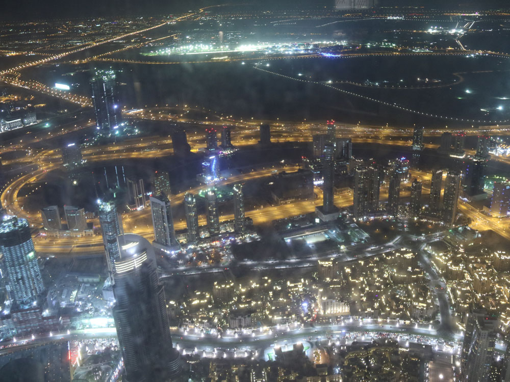 colourclub-dubai-burj-khalifa-at-the-top-sky2