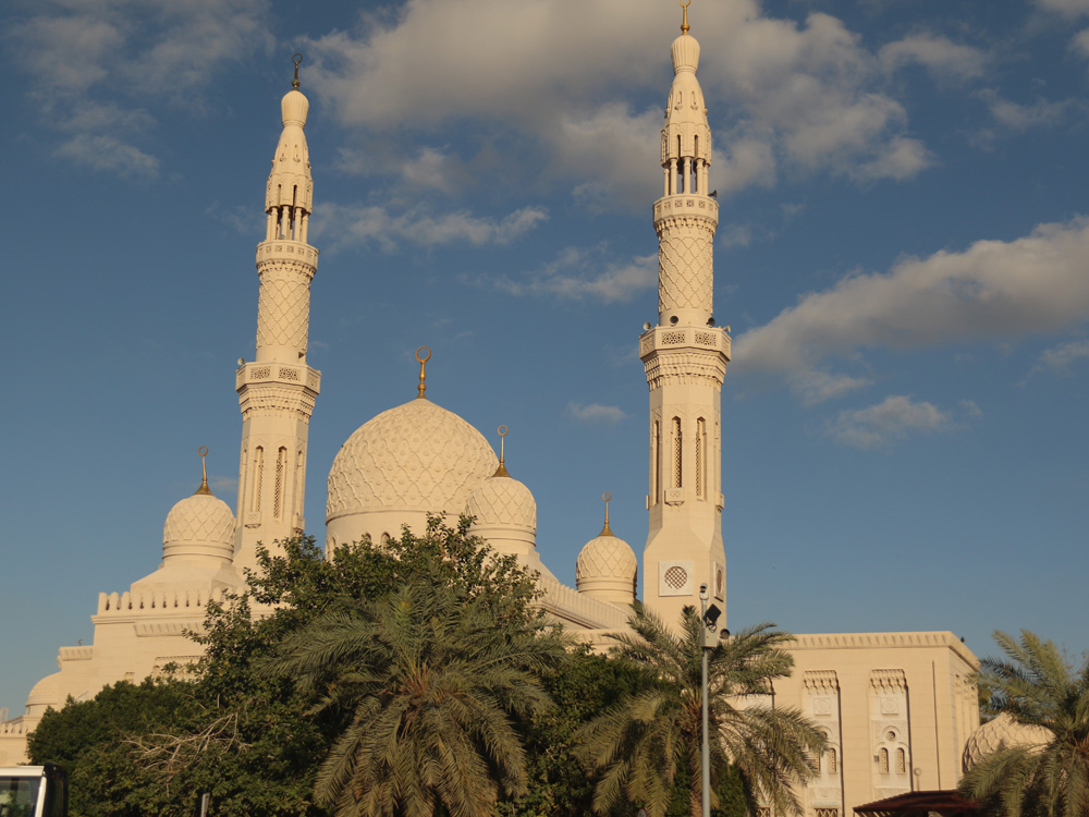 colourclub-dubai-jumeirah-mosque2