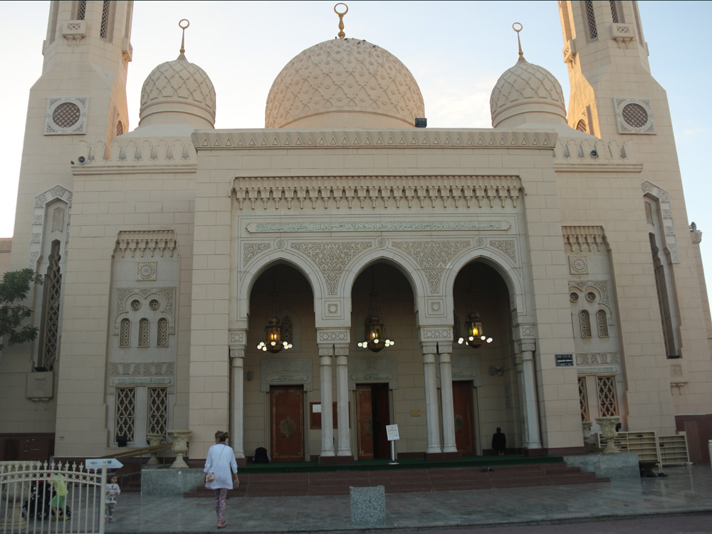 colourclub-dubai-jumeirah-mosque3