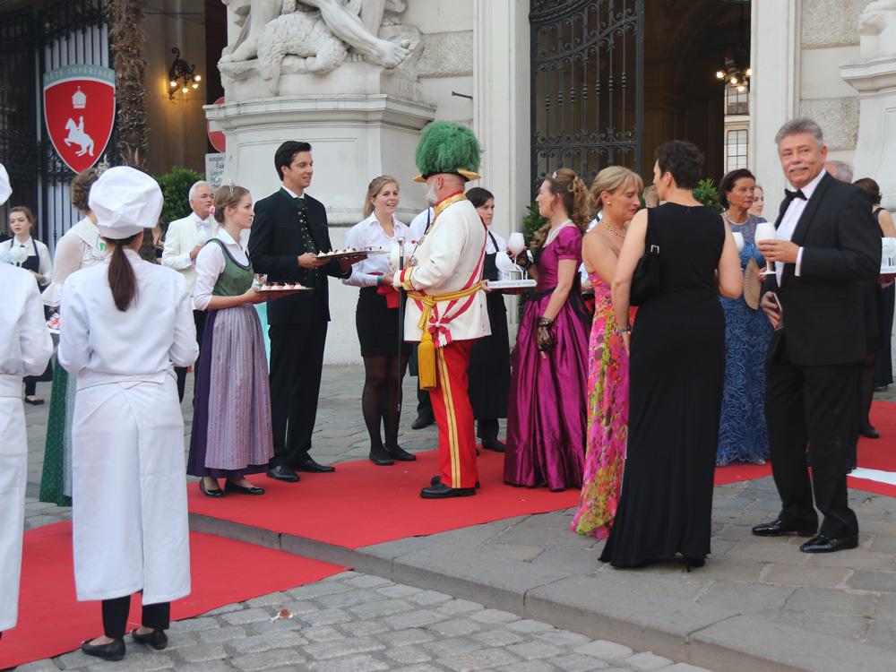 colour-club-fashionblog-fete-imperiale-2016-publikum-gaeste-Kaiser-Franz