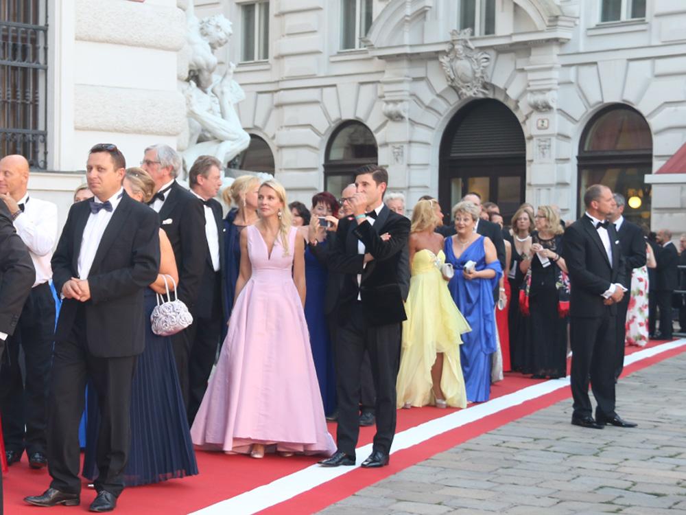 colourclub-fashionblog-fete-imperiale-2016-outfit-dress-flossman-evening-gown-abendkleid-ballkleid4