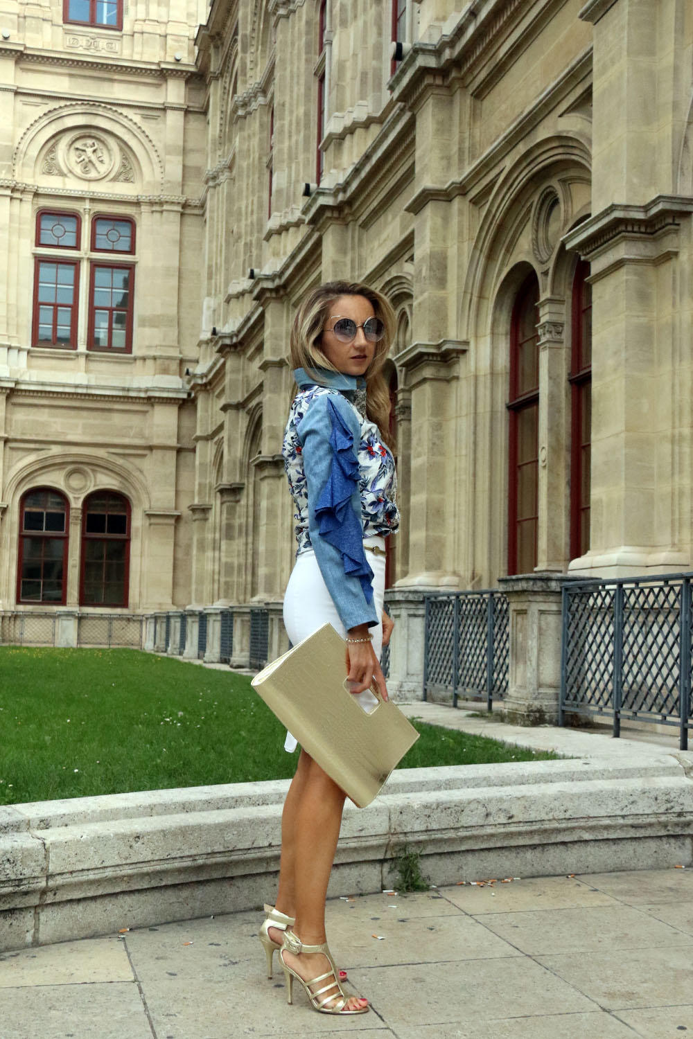 colurclub_fashion_blog_outfit_juan-carlos-cordillo-shirt-guess-shoes-gold-bag3a