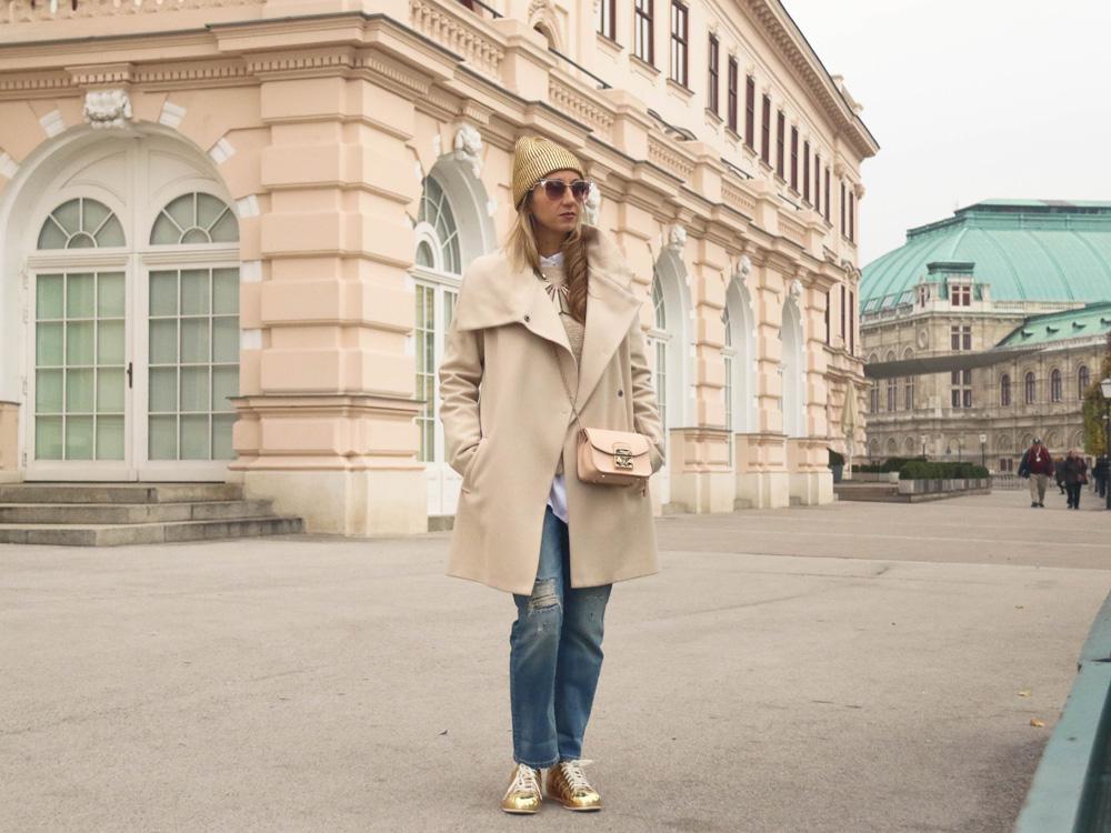 colourclub-outfit-adidas-superstars-sneakers-furla-bag-gold-beanie-vienna-jeans-fendi-sunglasses-albertina-vienna