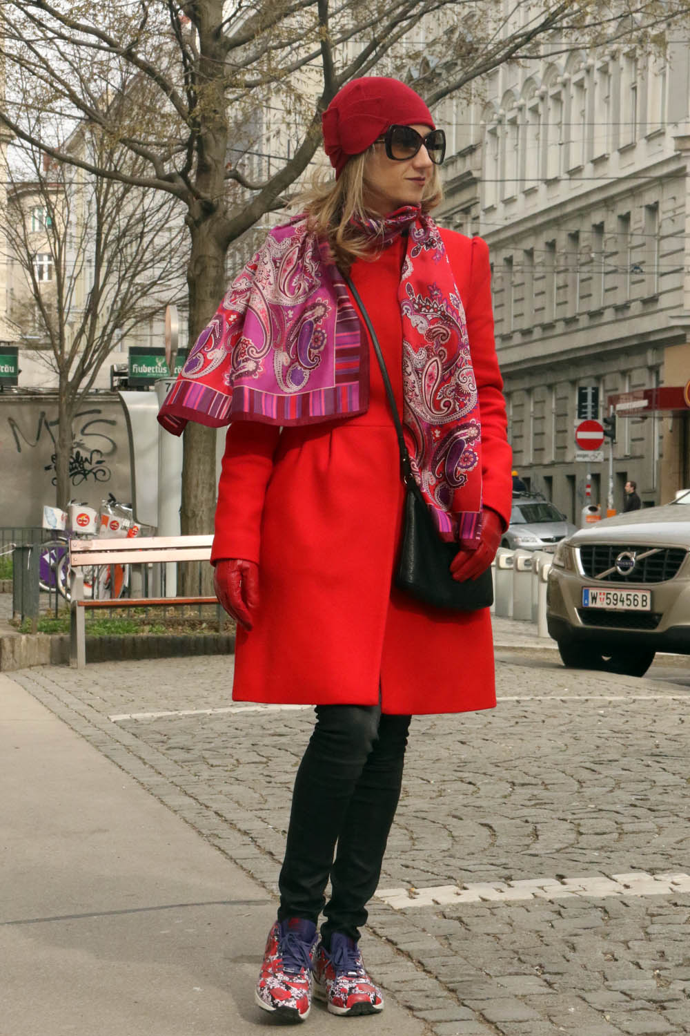 colourclub-red-coat-look-nike-flower-sneakers-london