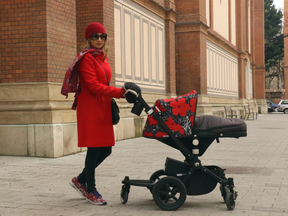 colourclub-red-coat-otfit-bubaboo-stroller