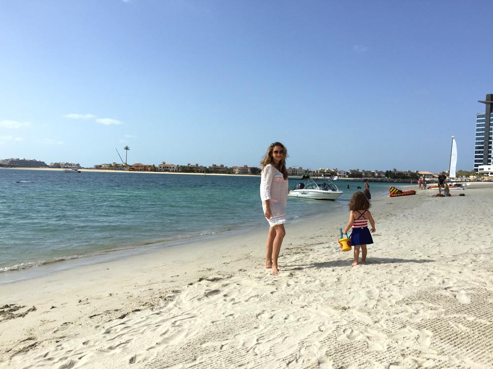 colourclub-dubai-fairmont-the-palm-jumeihra-beach-hotel-review