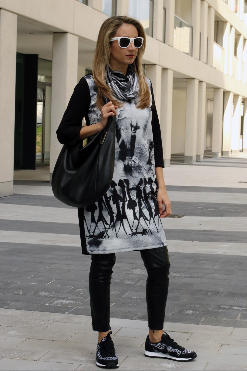 colourclub-fashionblog-outfit-black-and-white-furla-bag3