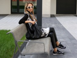 colourclub-fashionblog-outfit-dress-over-pants-black-and-white-nike-sneakers