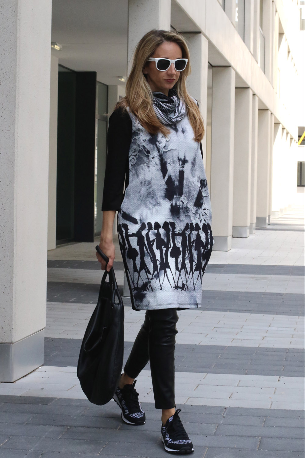 colourclub-fashionblog-outfit-dress-over-pants-black-and-white2