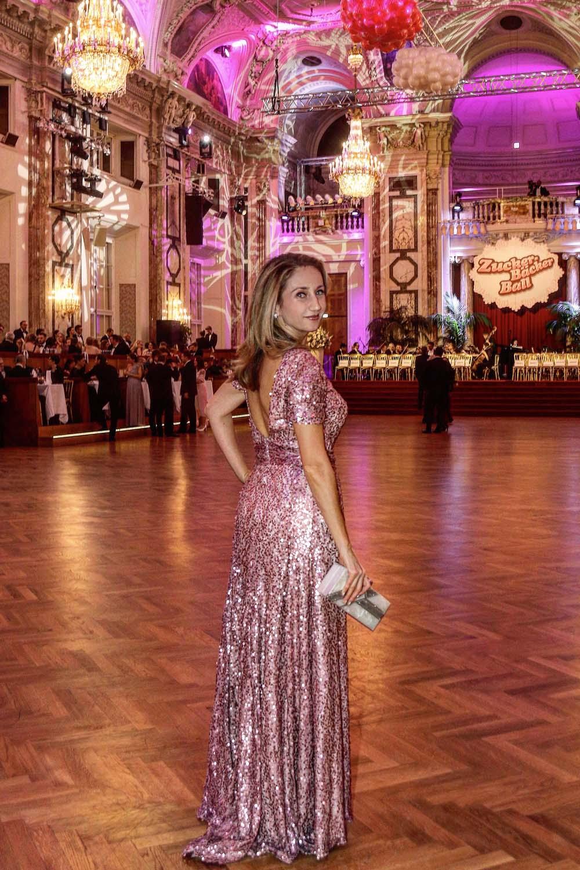 colourclub-zuckerbaeckerball-hofburg-laskari-laskarivienna-laskarifashion-evening-dress