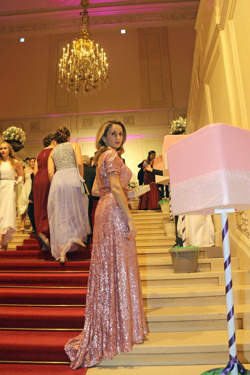 colourclub-zuckerbaeckerball-laskari-laskarivienna-laskaridress-pink-evening-dress